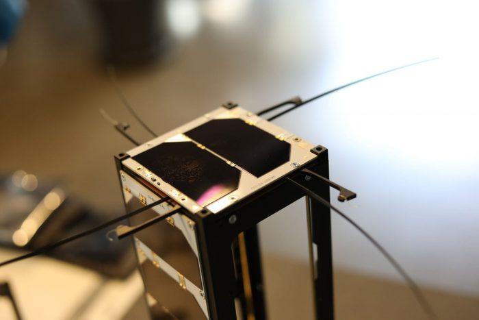 cubesat-UHF-Antenna-endurosat