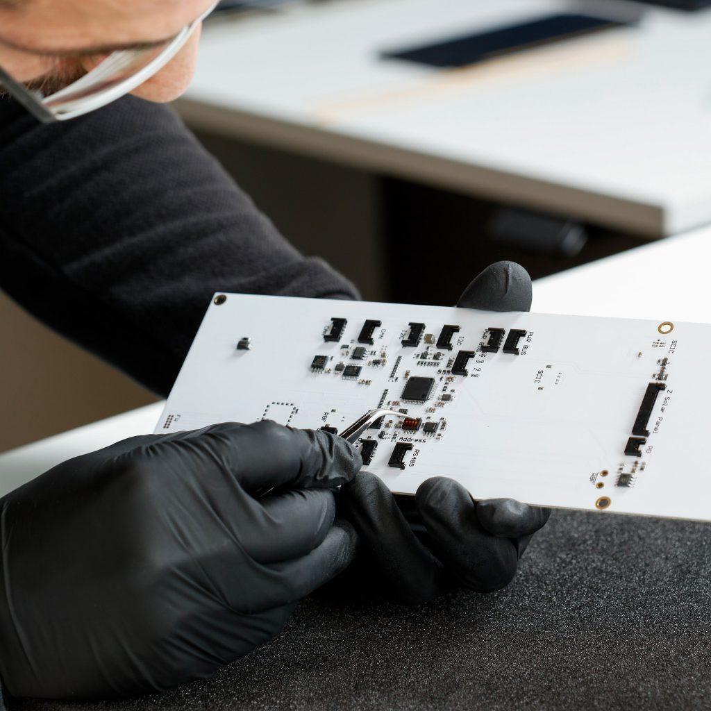 3u-cubesat-solar-panel-mtq-rbf-endurosat