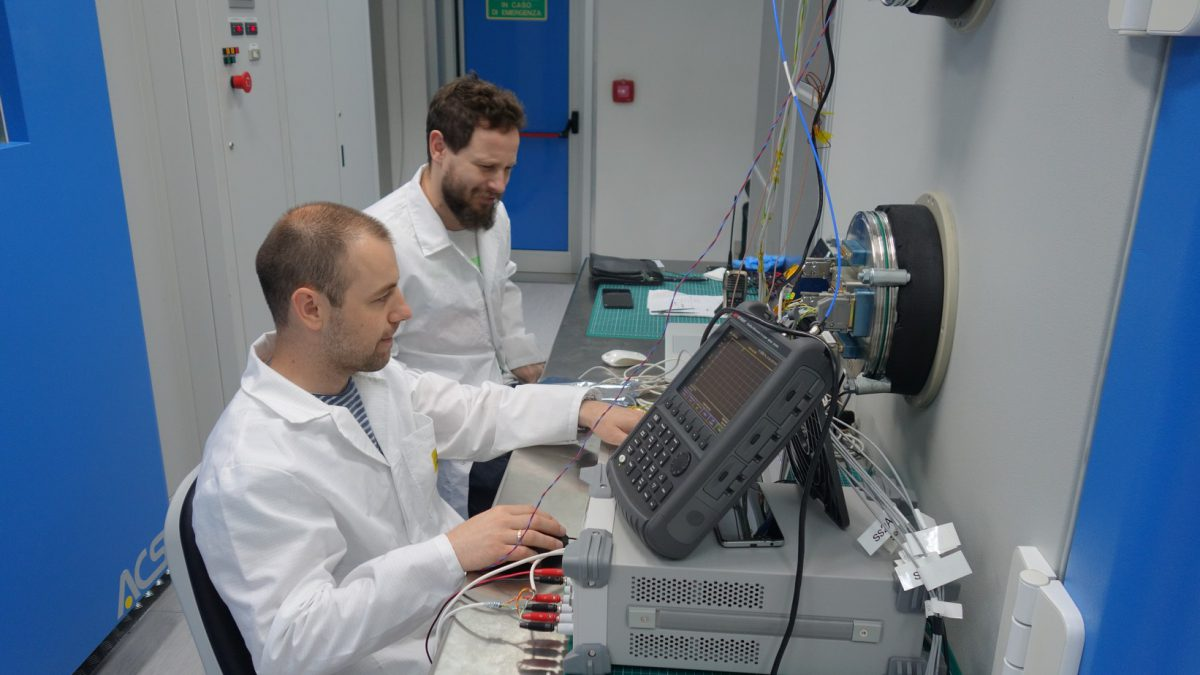 endurosat-cira-2019-space-qualification-thermal-cycling-test