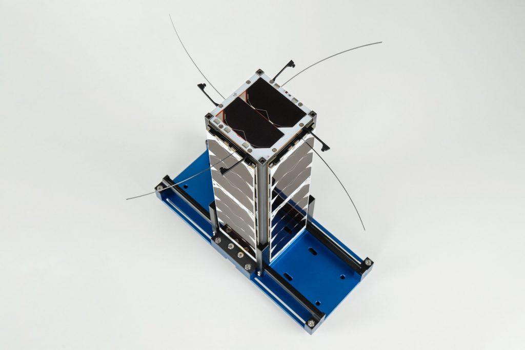 3u-cubesat-structure-platform-nanosat-endurosat-06